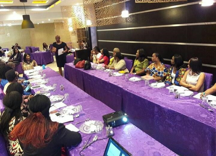 RAINBOW BOOK CLUB 'WORKS AGILE' AT THE WIMBIZ ROUNTABLE LUNCH WITH LULU BRIGGS