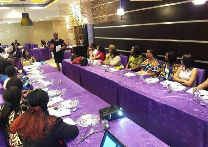 RAINBOW BOOK CLUB 'WORKS AGILE' AT THE WIMBIZ ROUND TABLE LUNCH WITH LULU BRIGGS
